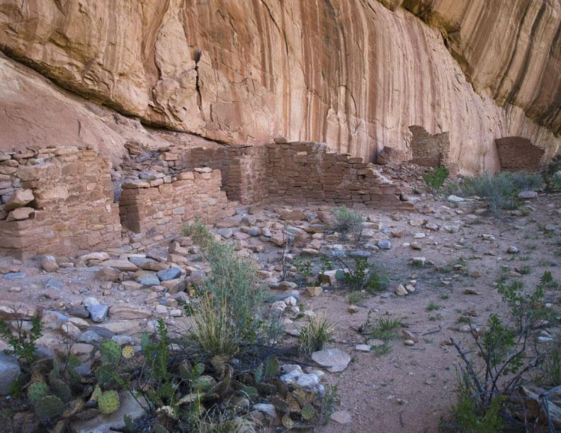Arch Canyon Indain Ruins